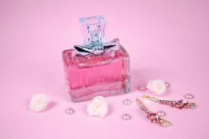 Cum alegem un parfum original