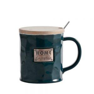servire ceai cafea de la Pravalia cu Surprize
