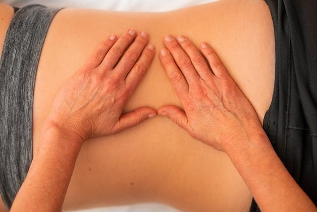 Aparatul de vaslit si durerile de spate