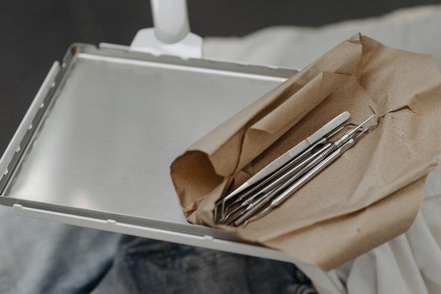 pentru un implant dentar Fast & Fixed